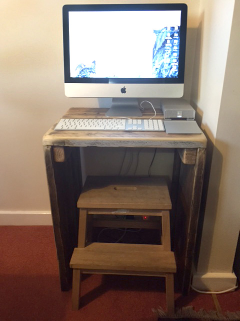 Reclaimed wood mini desk