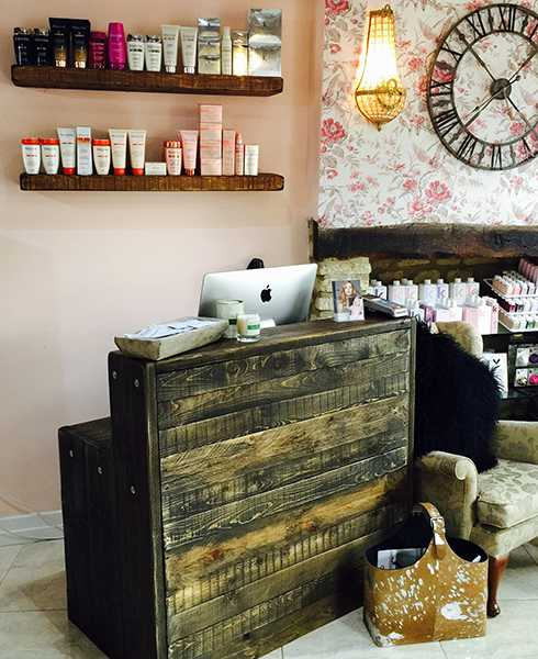 Reclaimed wood salon desks